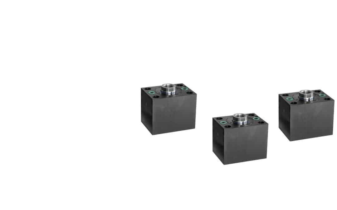 Blockzylinder aus Stahl mit Längsbohrungen (Flanschanschluss Kolbenseitig)