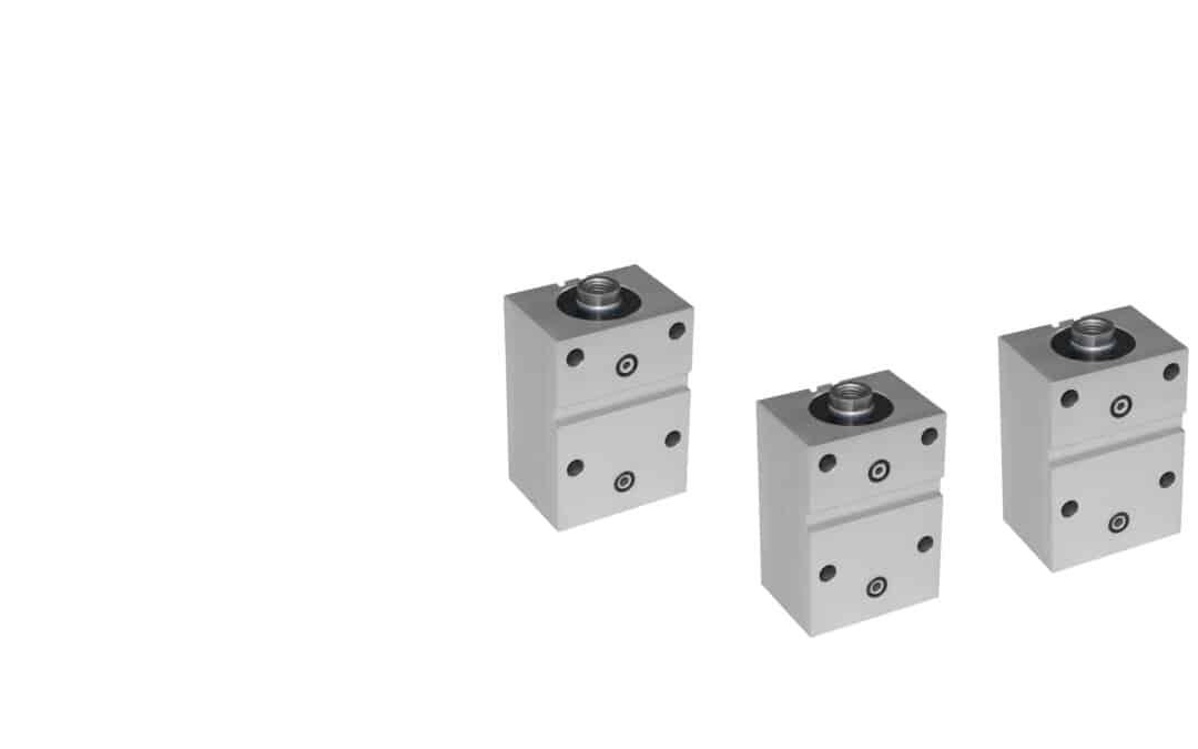 Blockzylinder aus Alu mit Querbohrungen und Quernut (Flanschanschluss Breitseitig)
